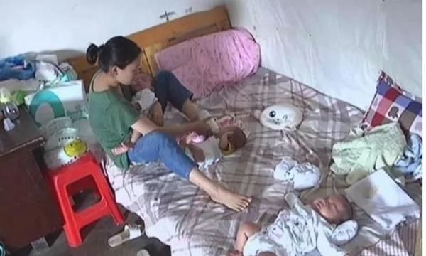 Ibu Ini Memiliki 3 Orang Bayi Namun Tidak Sanggup Membesarkannya Seorang Diri. Hingga Akhirnya Ia Melakukan Hal Nekat Ini di Sosial Media!