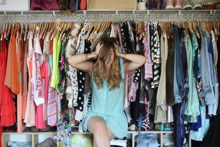 「wanita selalu tidak punya baju」的圖片搜尋結果